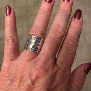 """""""Be True"""" statement ring"""